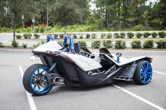 2016 polaris slingshot custom pearl white show stopper. Black Bedroom Furniture Sets. Home Design Ideas