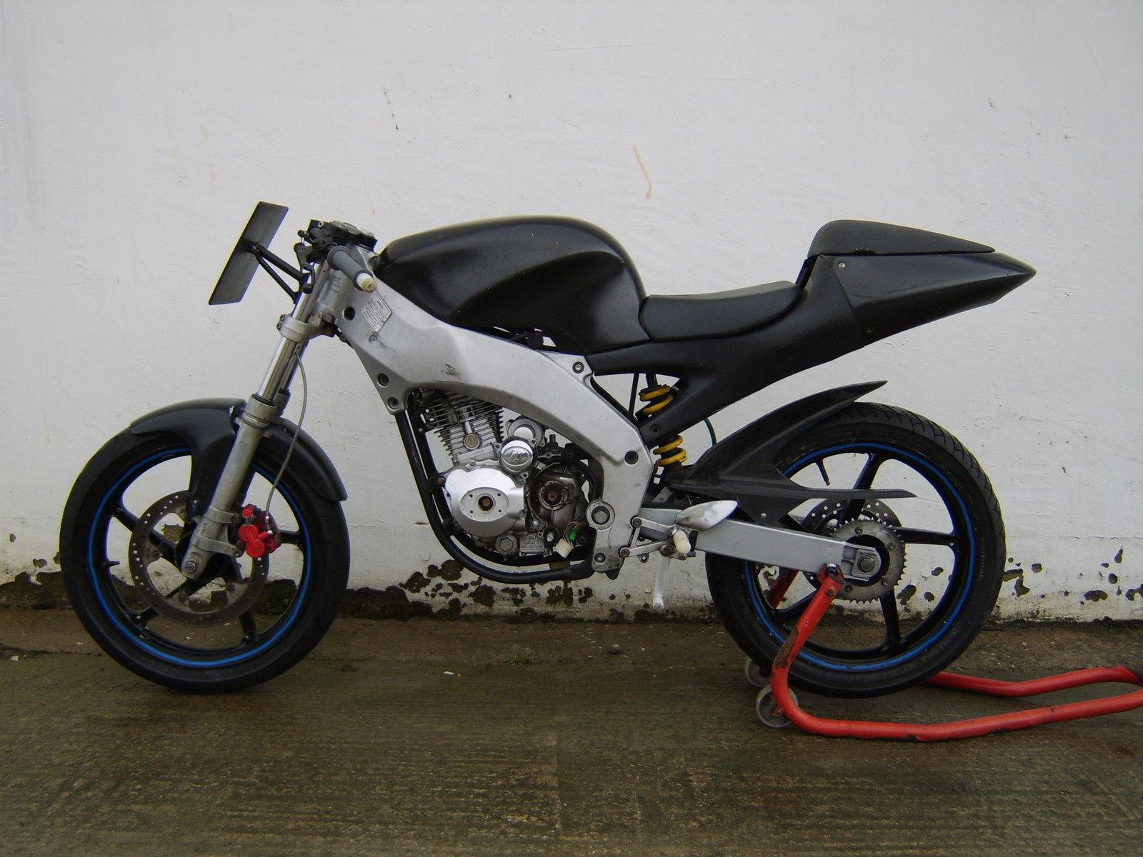 Aprilia Rs50 Race Track Bike Cg 125 Lifan Copy Engine