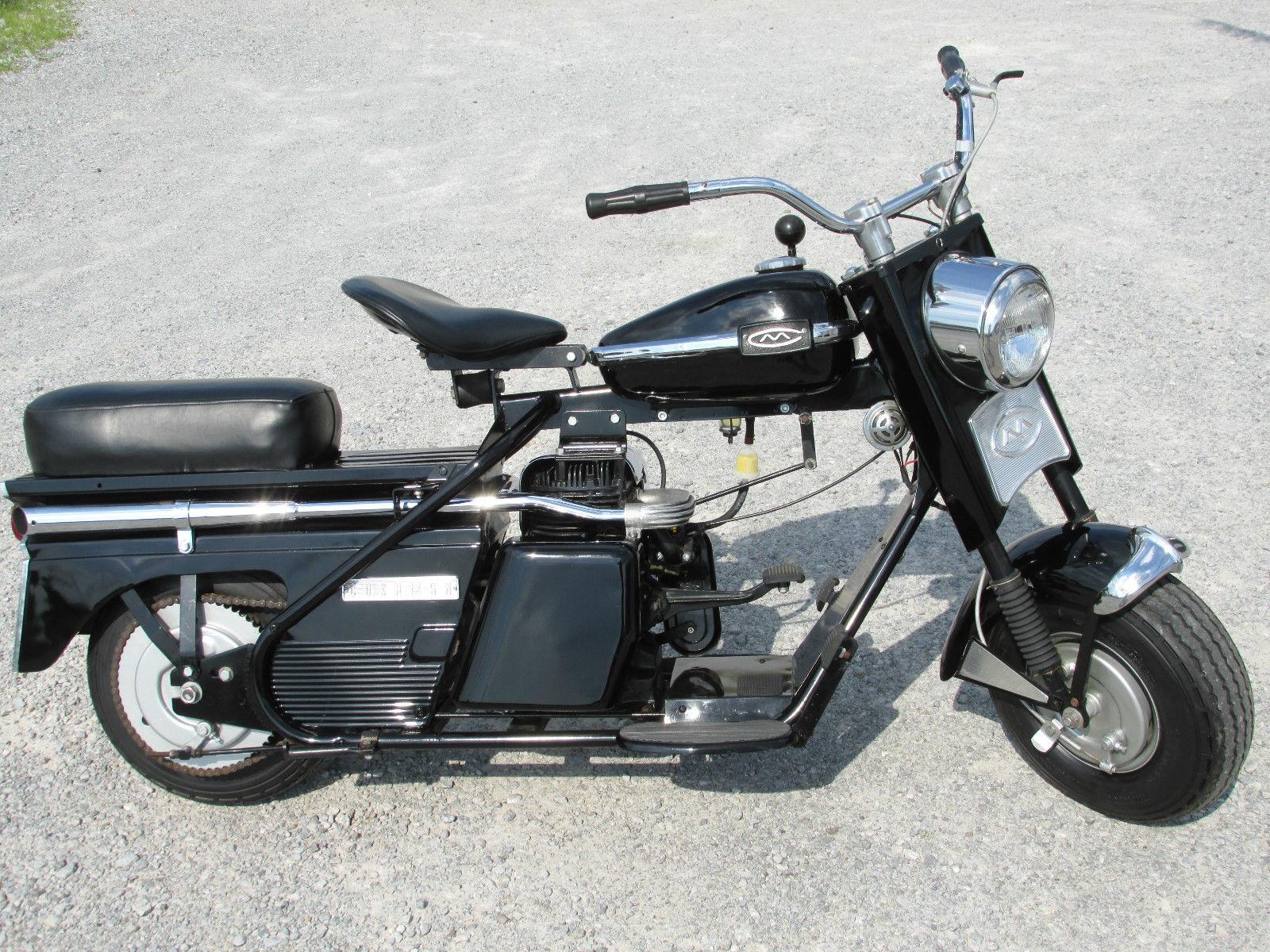 מצטיין Awesome Cushman Super Eagle Scooter Black and Chrome! Baby Harley JQ-72