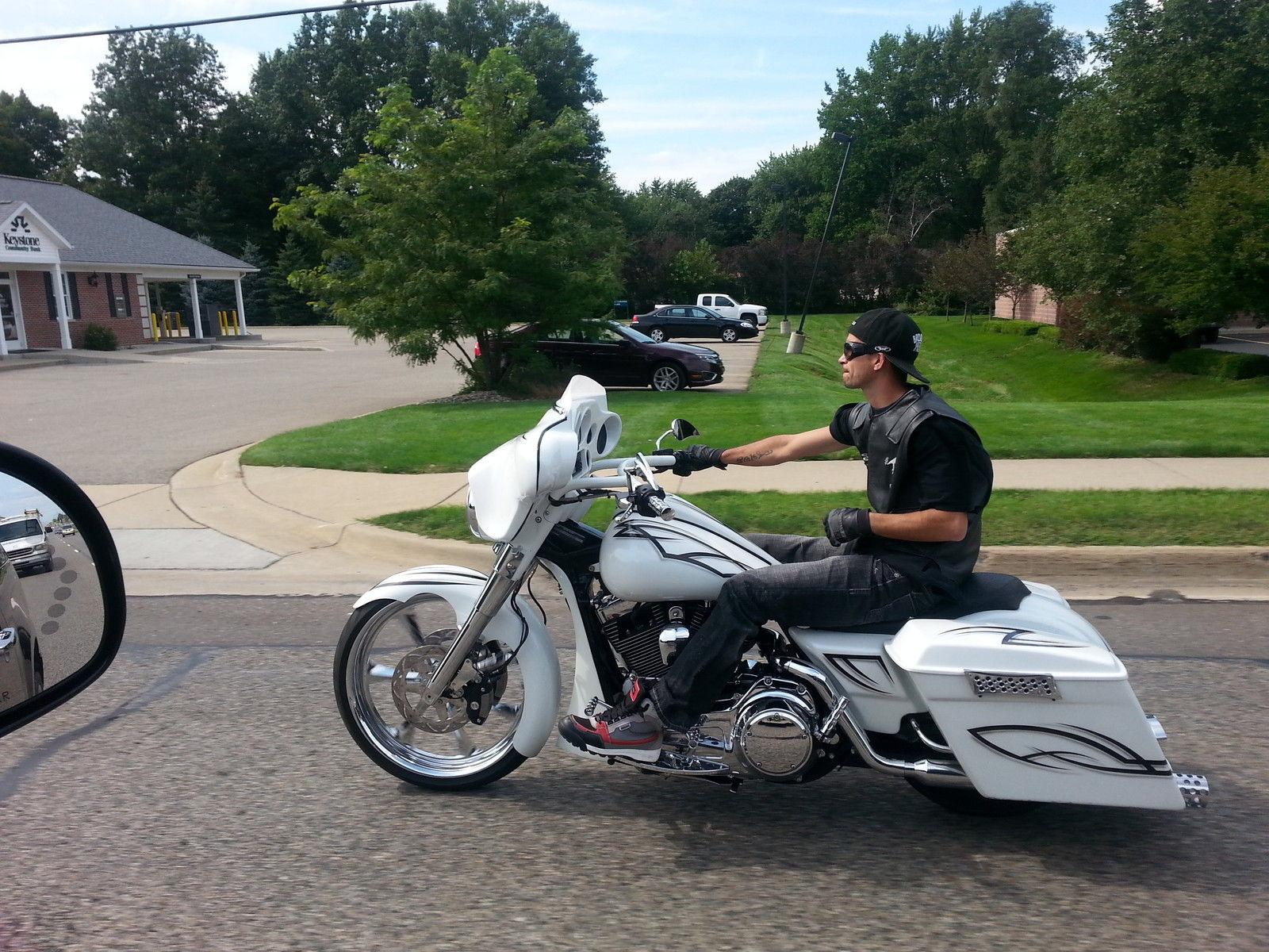 "Bagger big 23"" wheel Harley Electra street road glide ..."