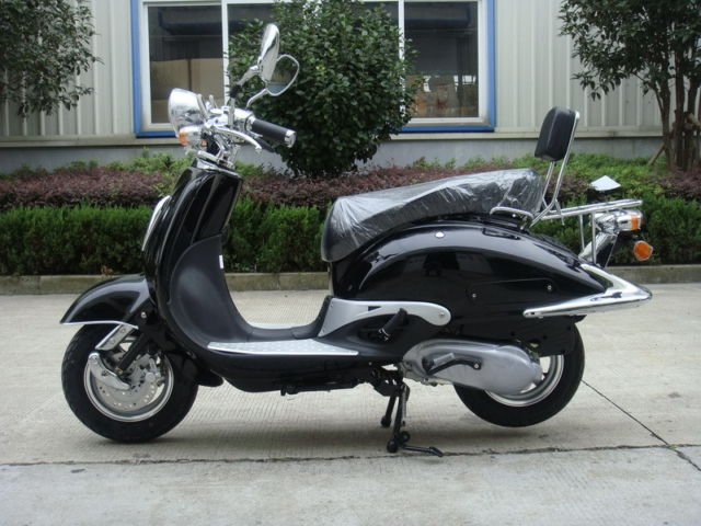 BLACK 125cc SCOOTER RETRO MOPED MOTORCYCLE TOMMY