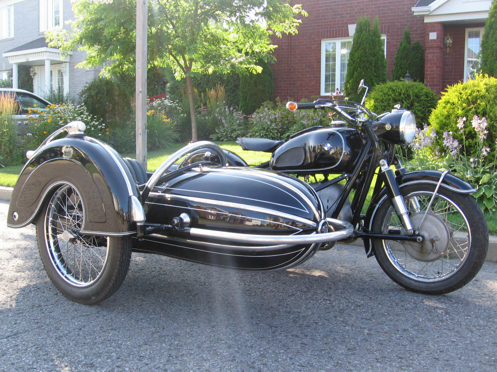 Bmw Sidecar Sold Bmw R90s Motorcycle With Tillbrook