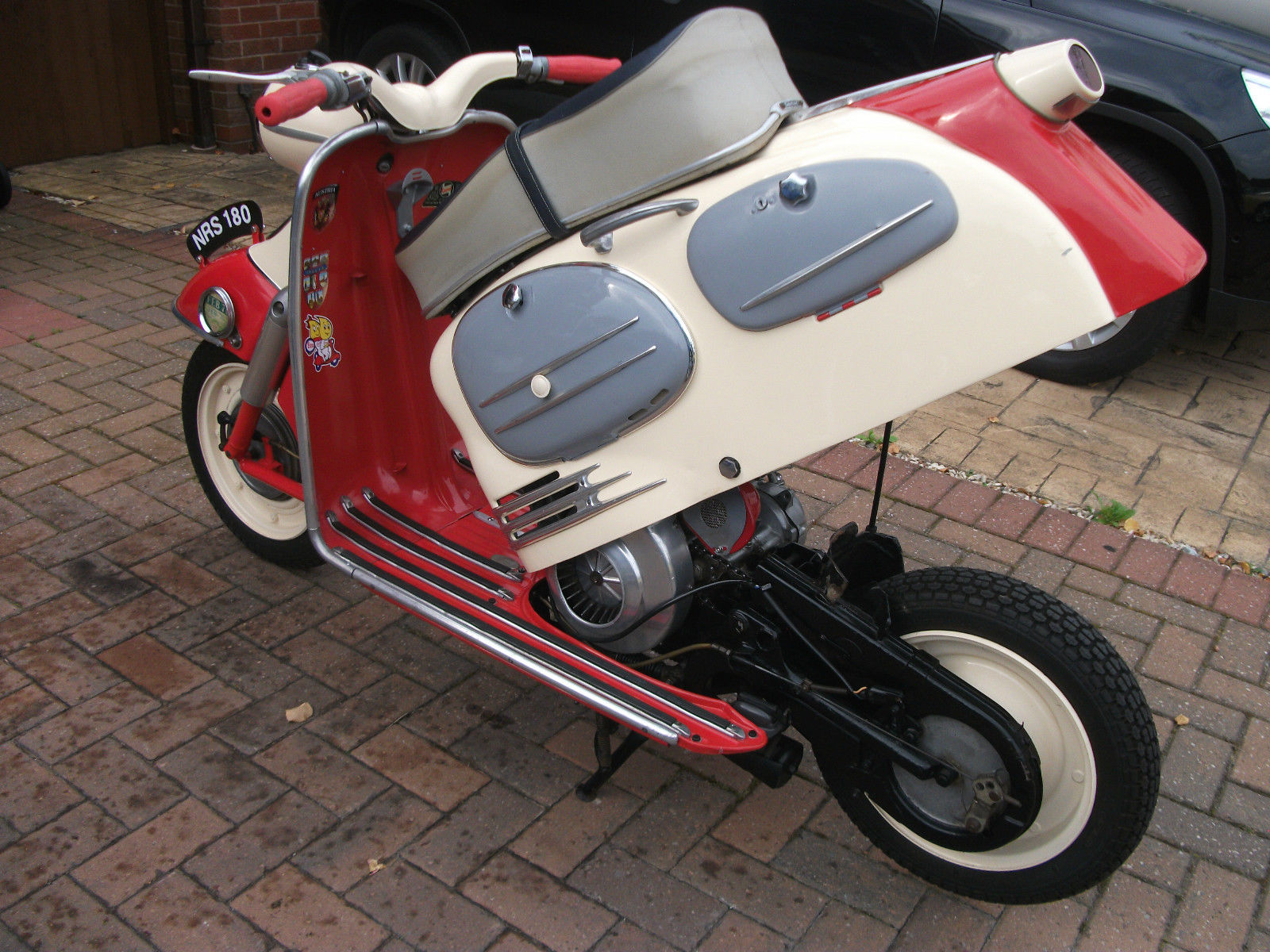 Vespa Gts250ie Wiring Diagram : Vespa engine and frame number location get free