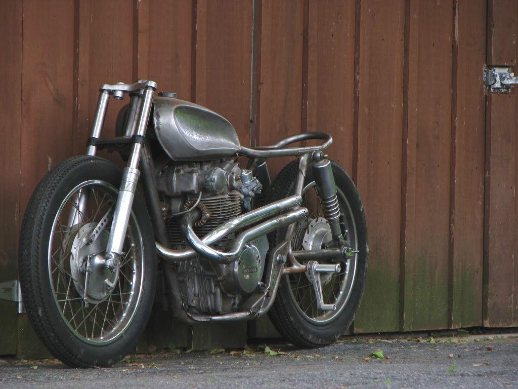 Custom Bratstyle Honda CB450 Bobber Cafe Racer Tracker