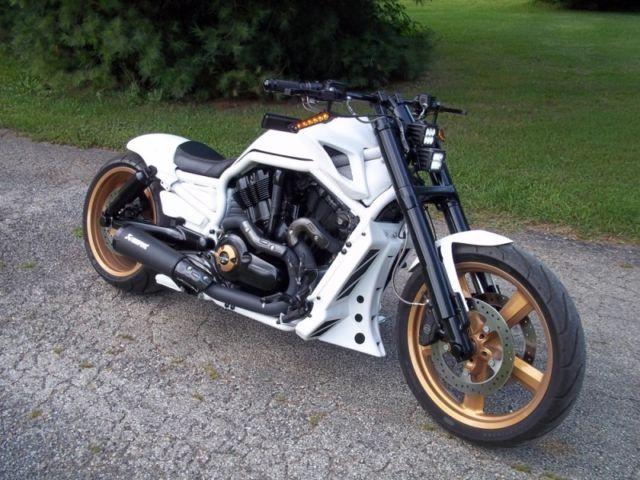Custom Built Harley V-Rod Muscle VROD Custom Built Chopper Bagger NLC