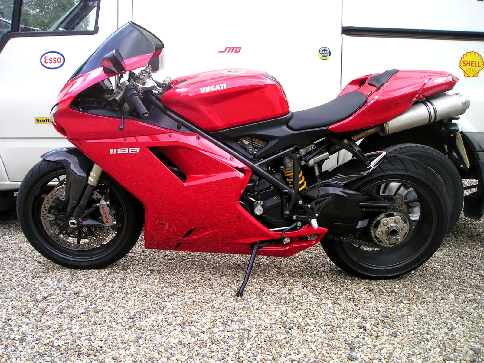 Ducati 1198 2 Owners 6800 Miles Ducati Corse Carbon Parts 2009