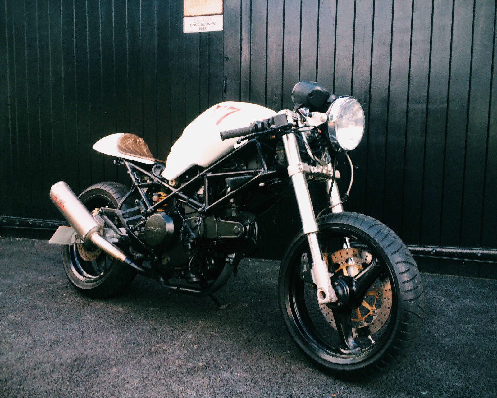 Ducati Cafe Racer Street Tracker Bobber Brat Custom Classic Vintage