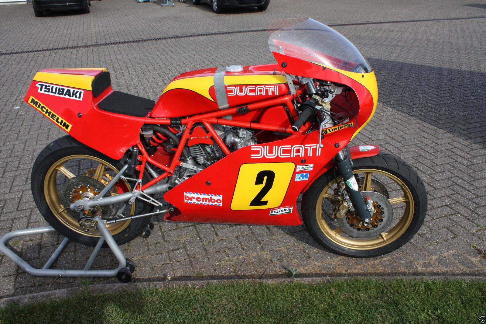 DUCATI TT2 RACE BIKE