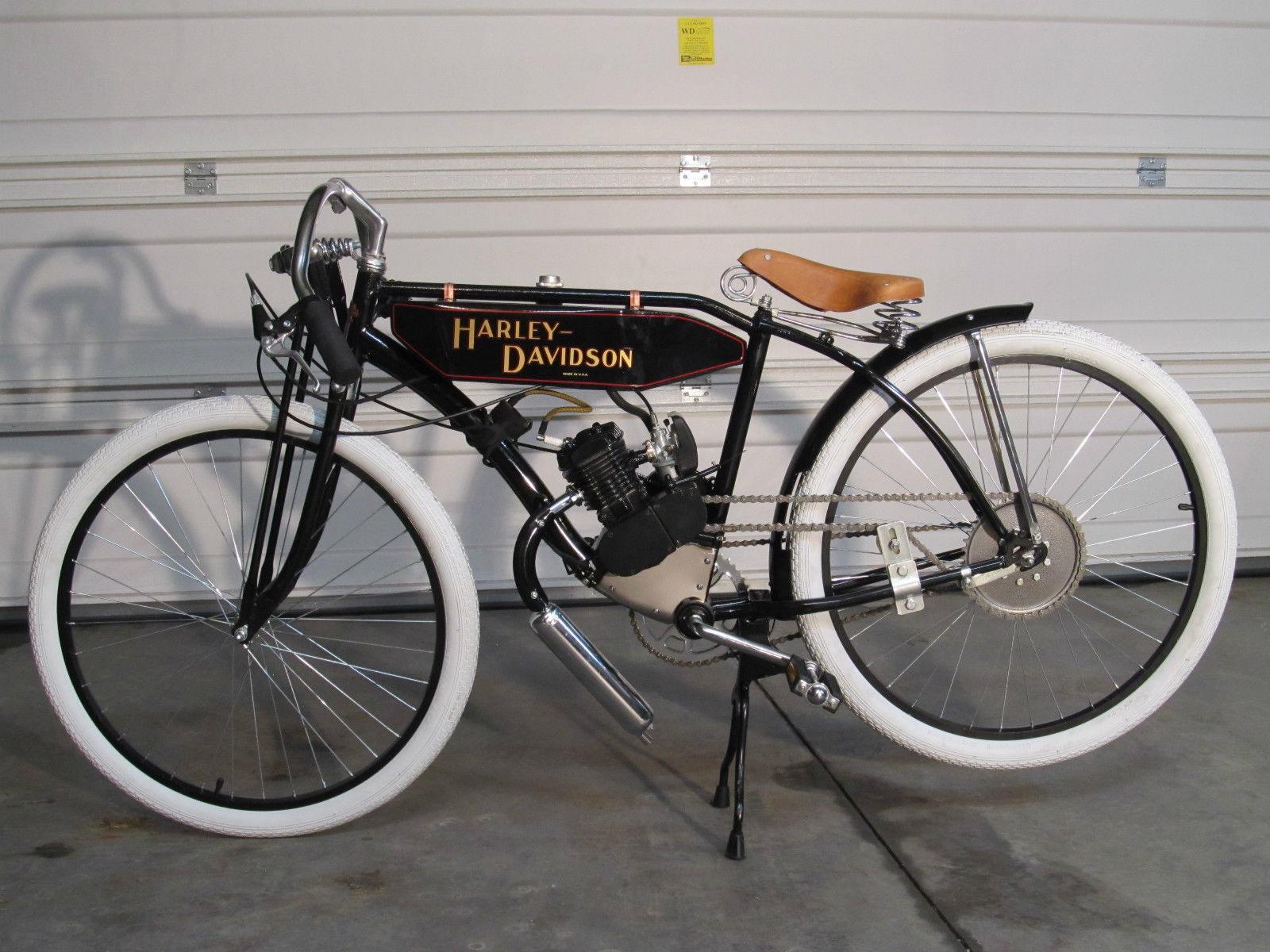Vintage Motorcycle Replicas 91