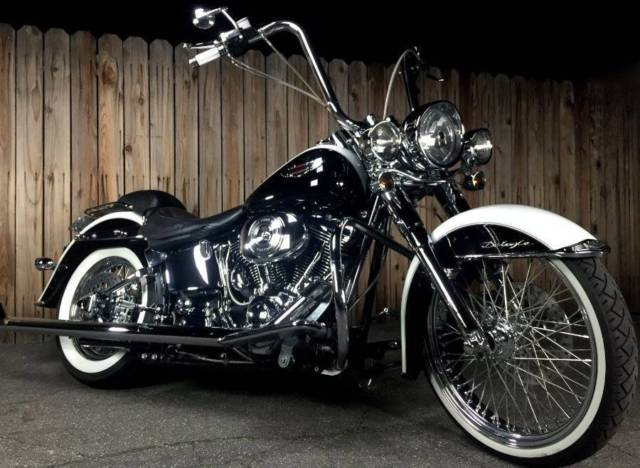 Harley Davidson Softail Deluxe California Gangster Style 21