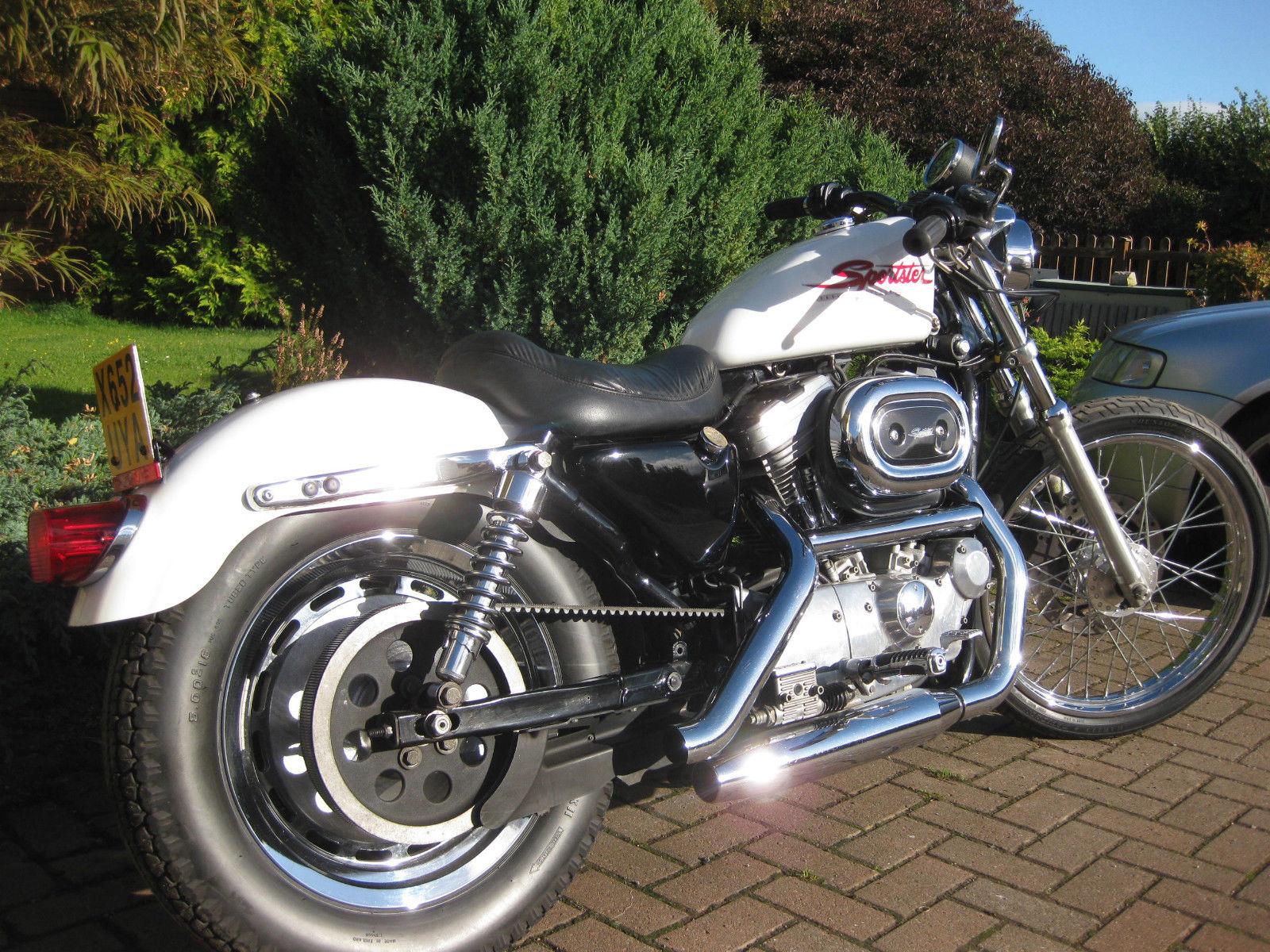 Harley sportster 883 hugger bobber