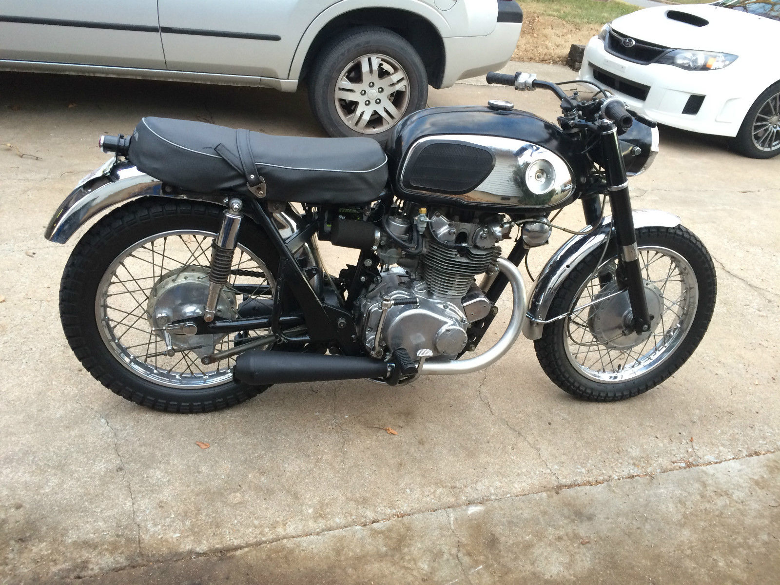 Honda CB450 Bobber, cafe racer, tracker - Authentic, vintage Brat