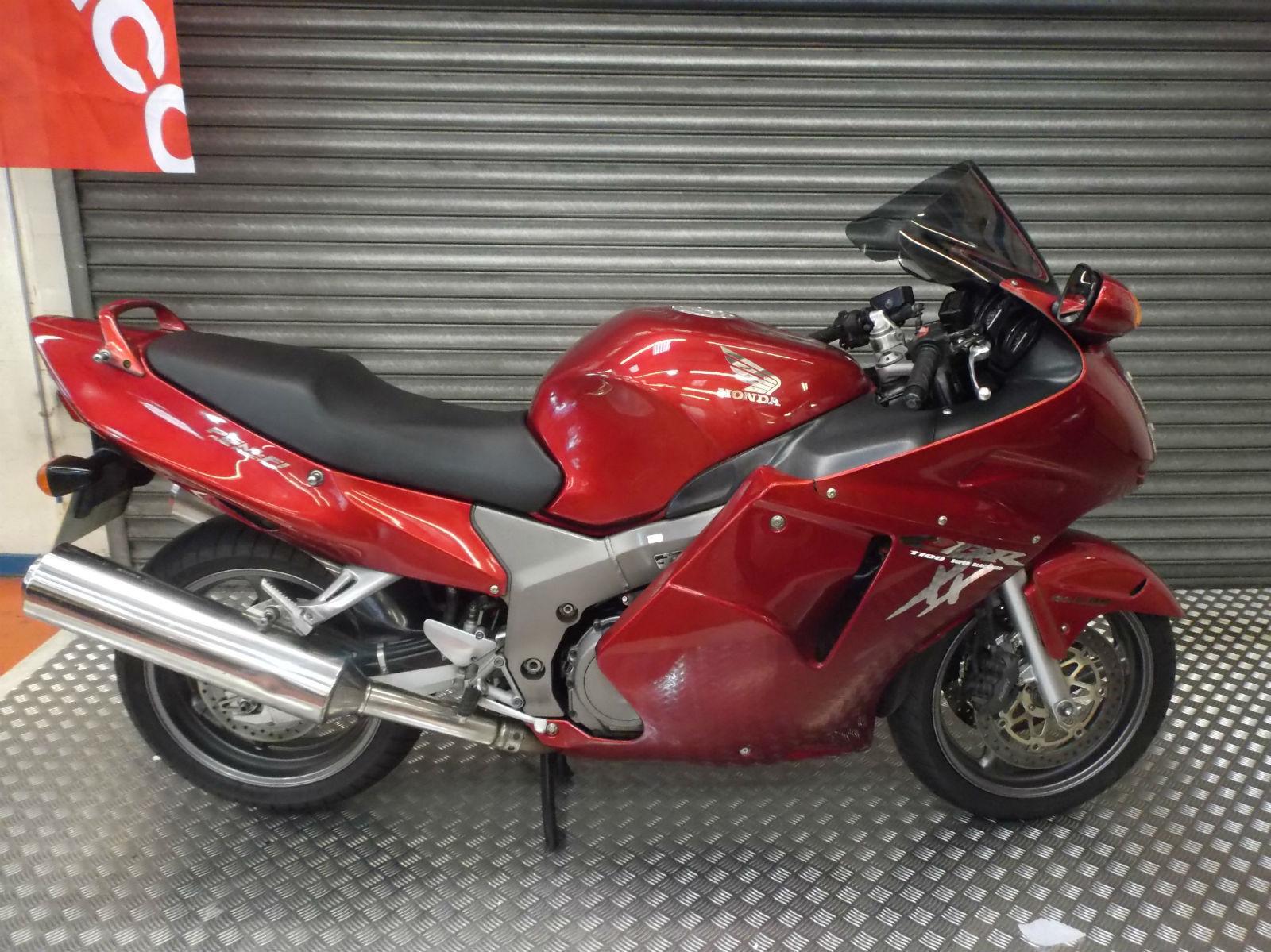 Honda Cbr 1100 Xx Cbr1100xx Blackbird Sports Tourer