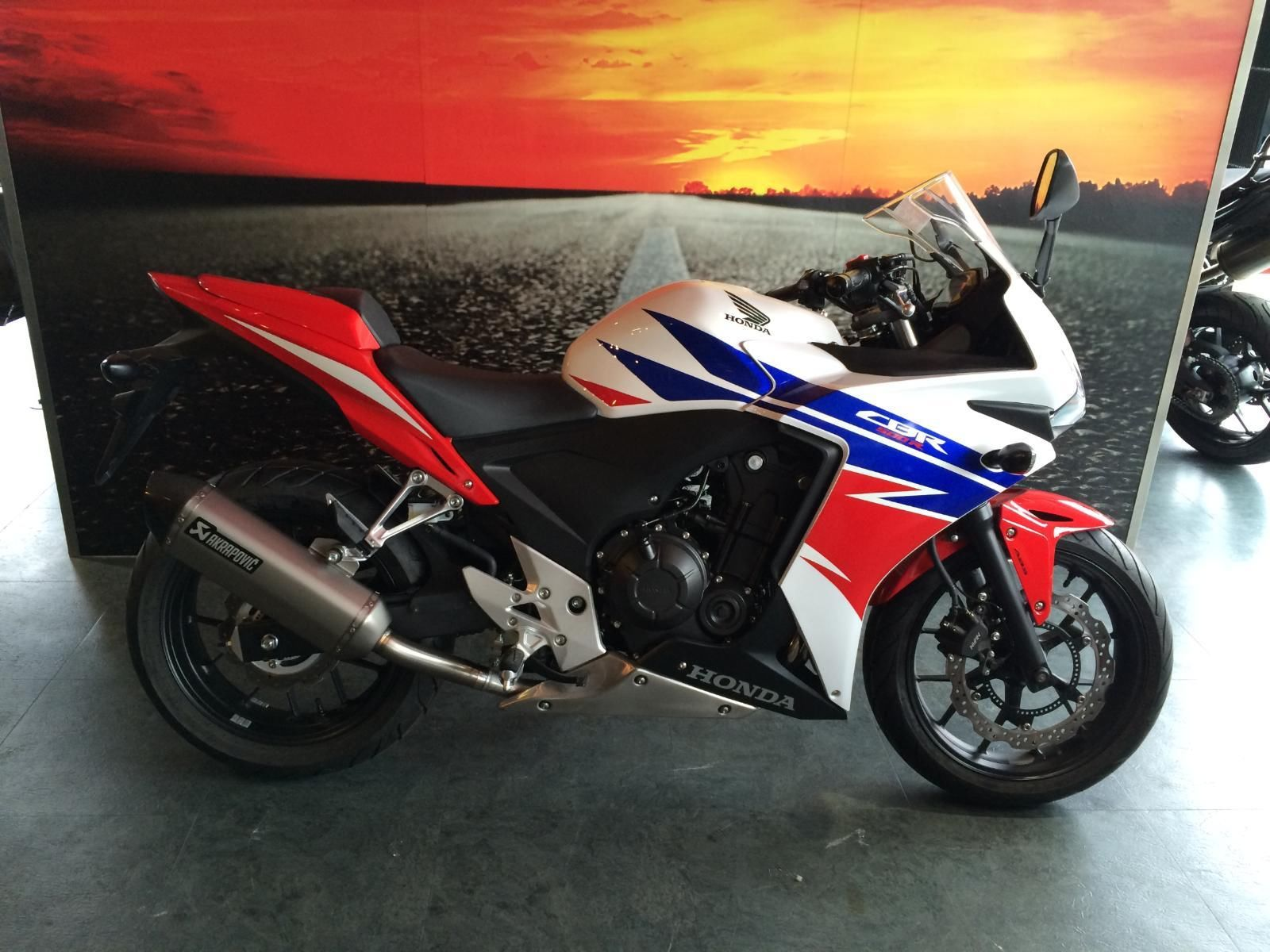 honda cbr 500 r 2014 massive savings one only at this. Black Bedroom Furniture Sets. Home Design Ideas