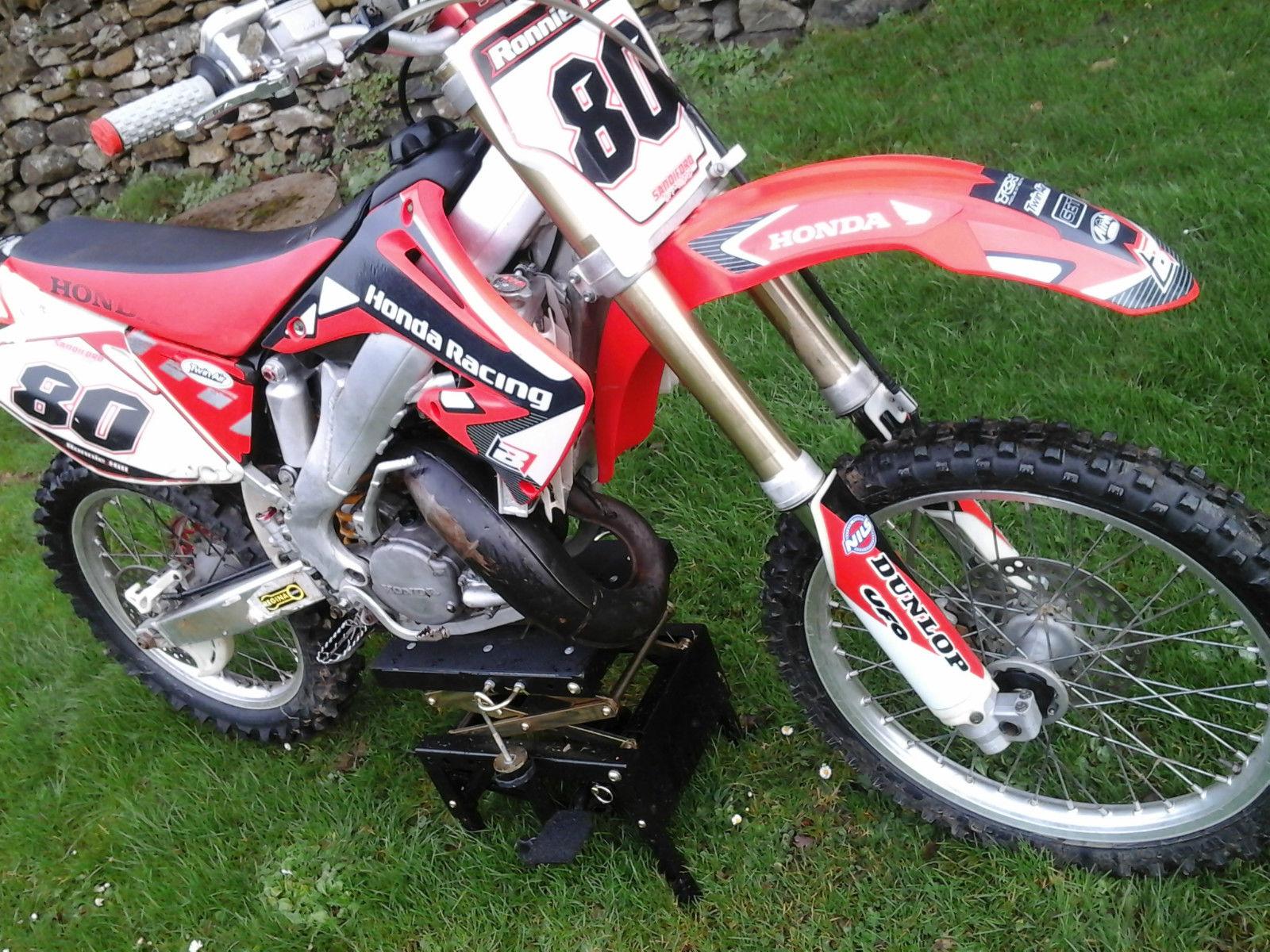 Honda Cr125 2006 Motocross Bike 125cc Dirt