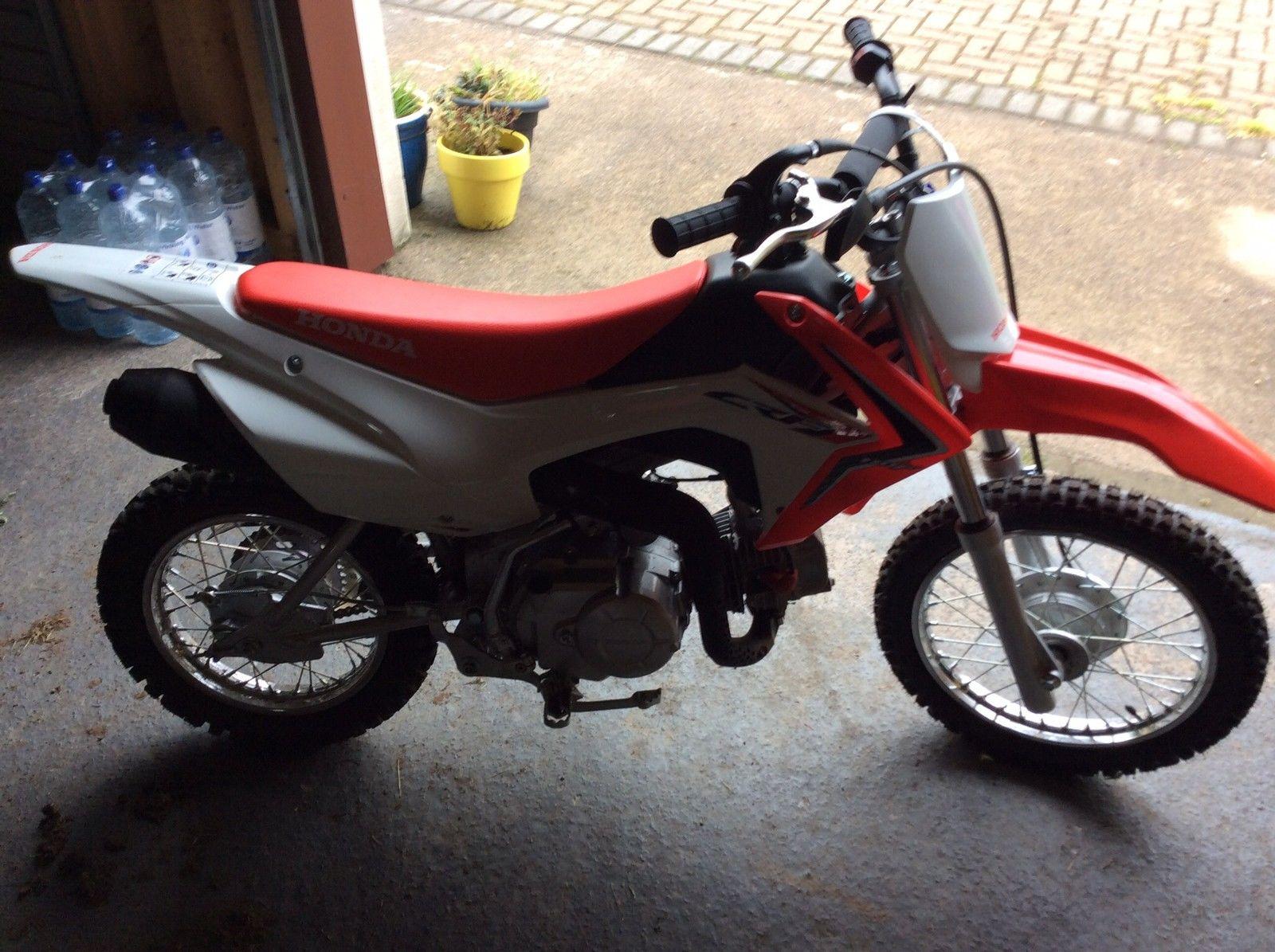 Honda Crf 110 Children S Motocross Bike