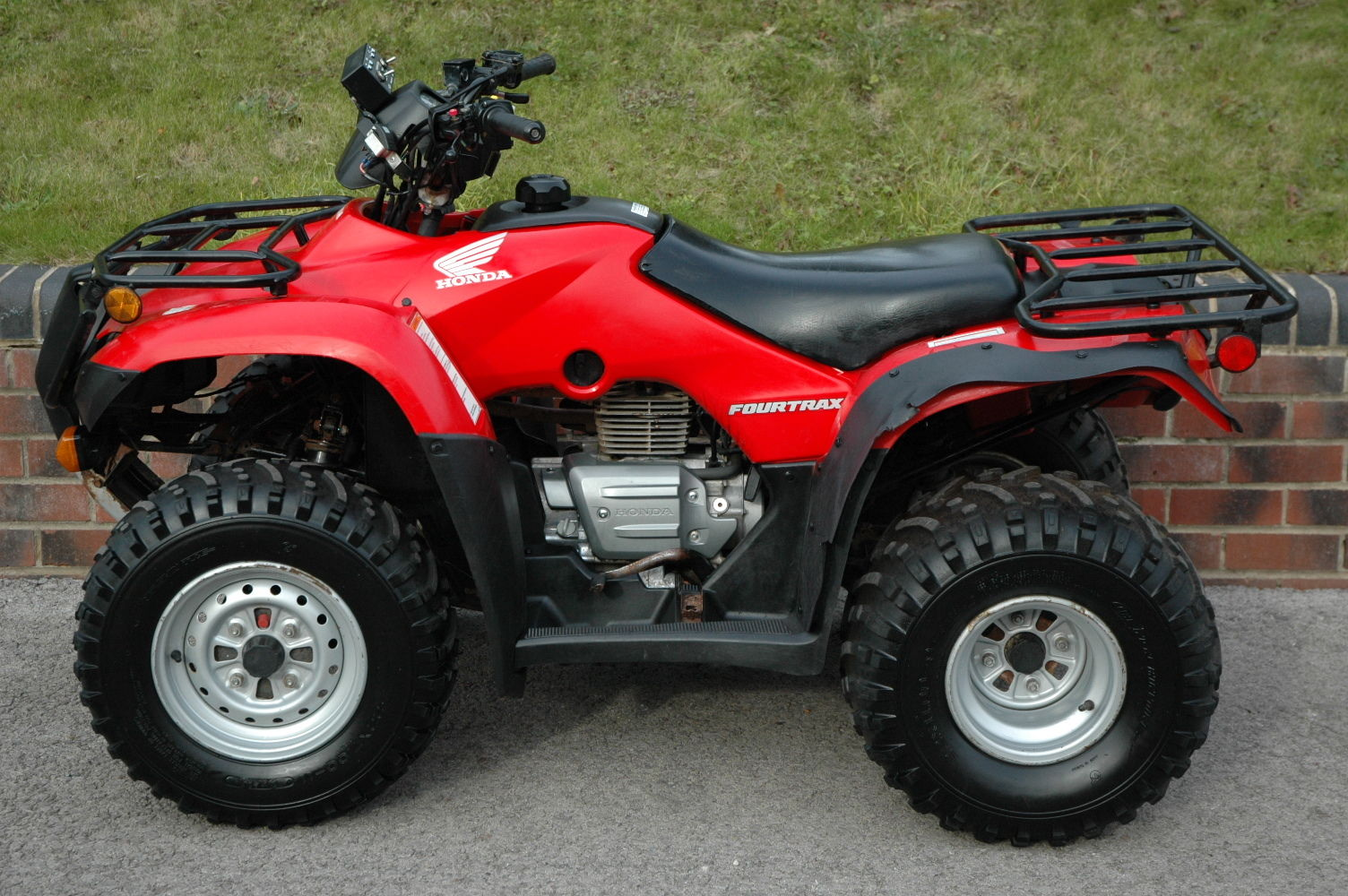 honda fourtrax trx250tm quad bike atv road registered. Black Bedroom Furniture Sets. Home Design Ideas