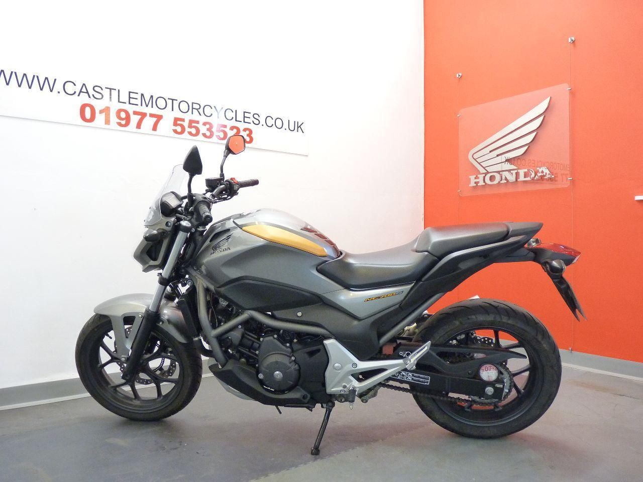 Honda NC NC 700 XD-C 670cc RED