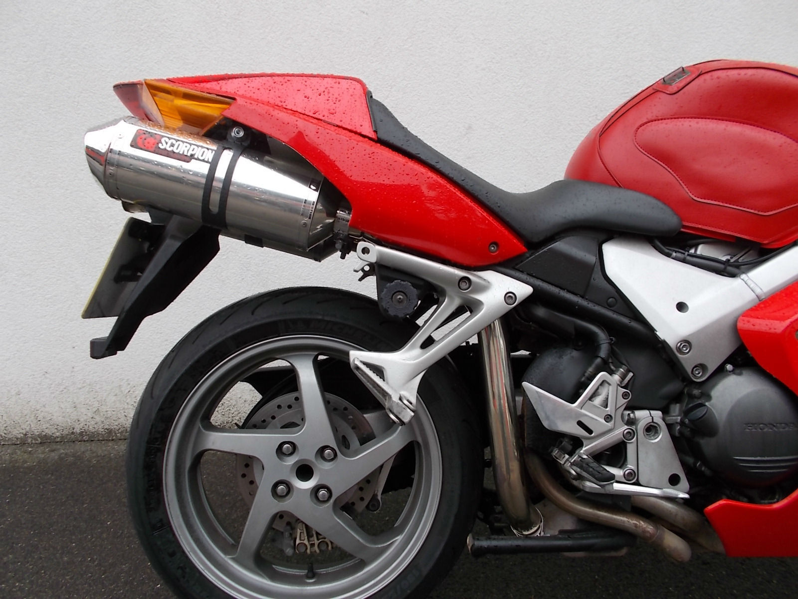 honda vfr 800 a 5 abs scorpion exhausts. Black Bedroom Furniture Sets. Home Design Ideas