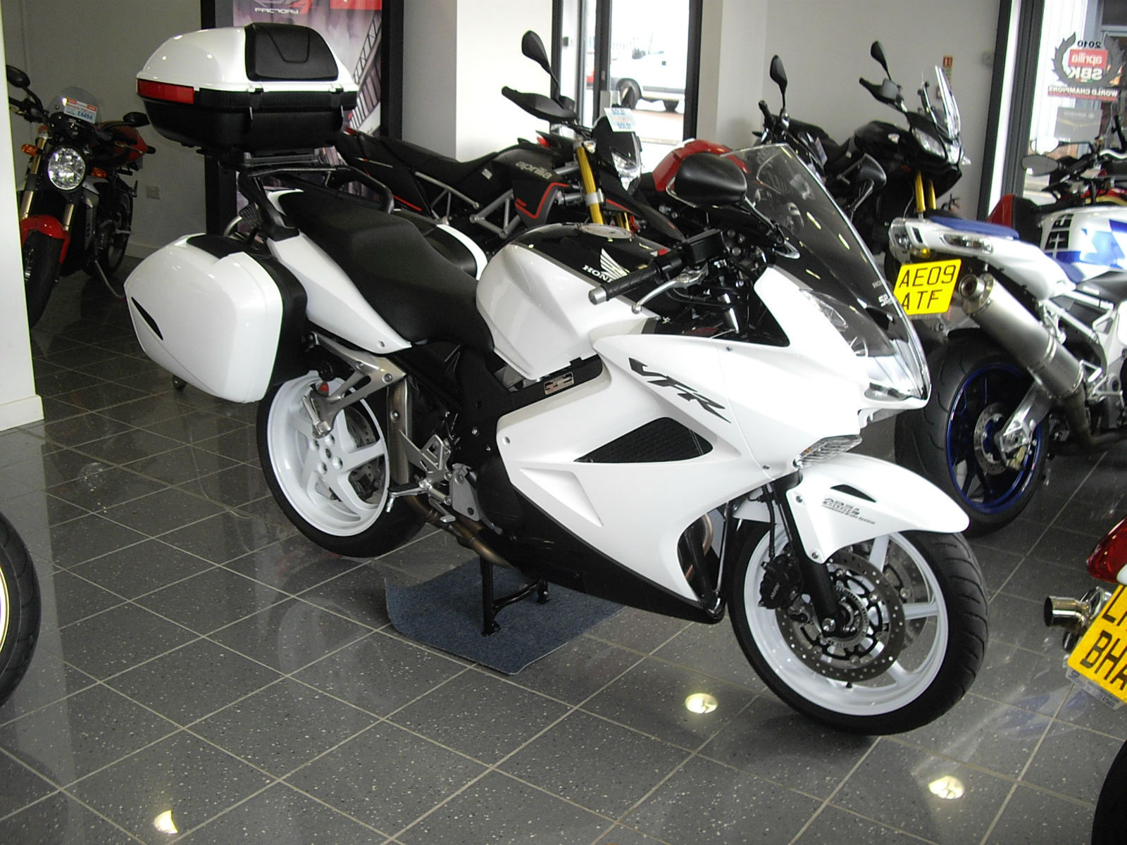 United Luggage Size Honda Vfr 800 A 9 Abs