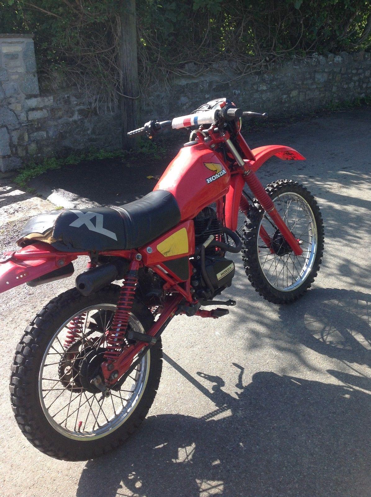 honda xl 125 trials scrambler field motorbike. Black Bedroom Furniture Sets. Home Design Ideas