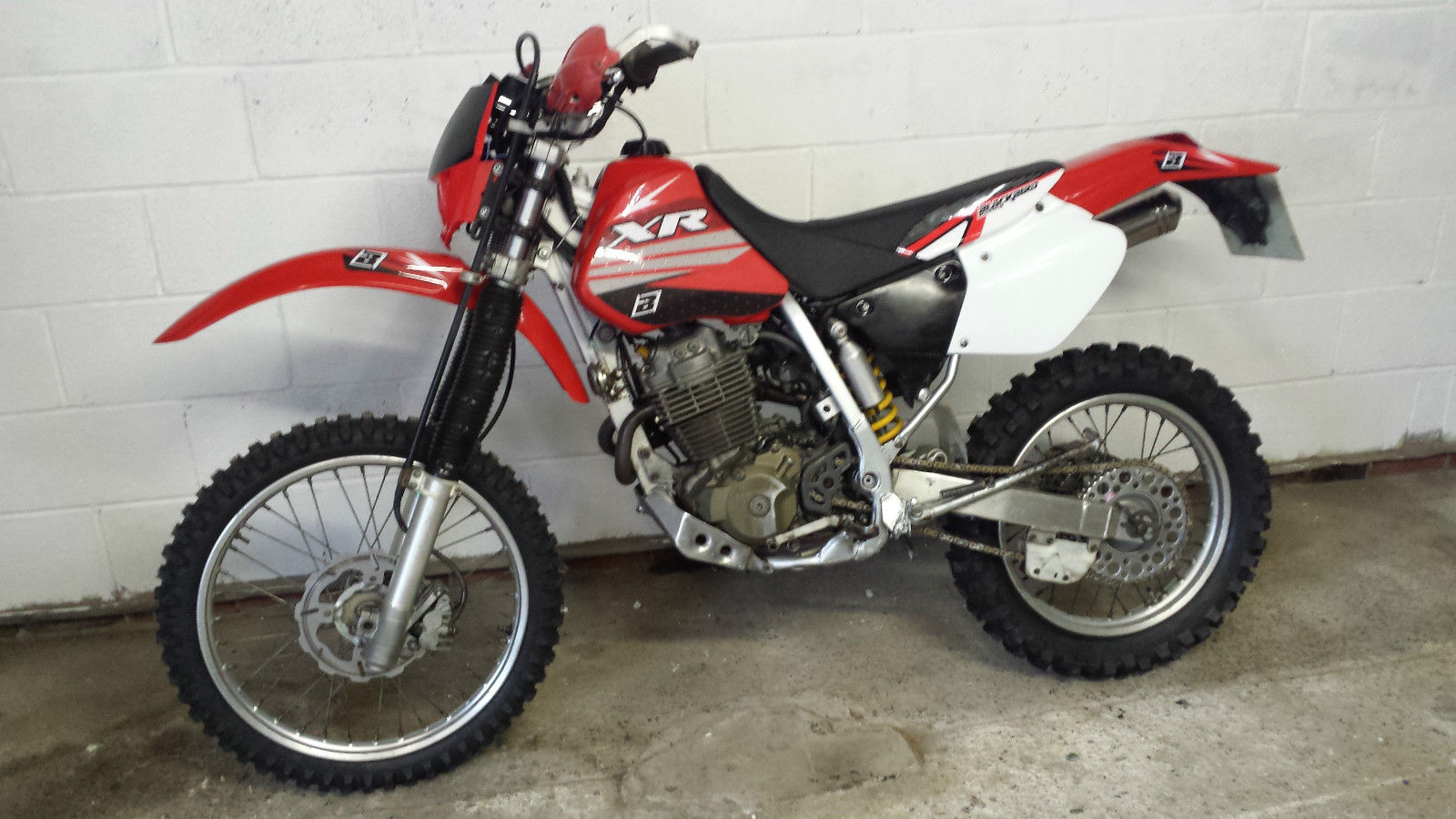 honda xr 400 enduro. Black Bedroom Furniture Sets. Home Design Ideas