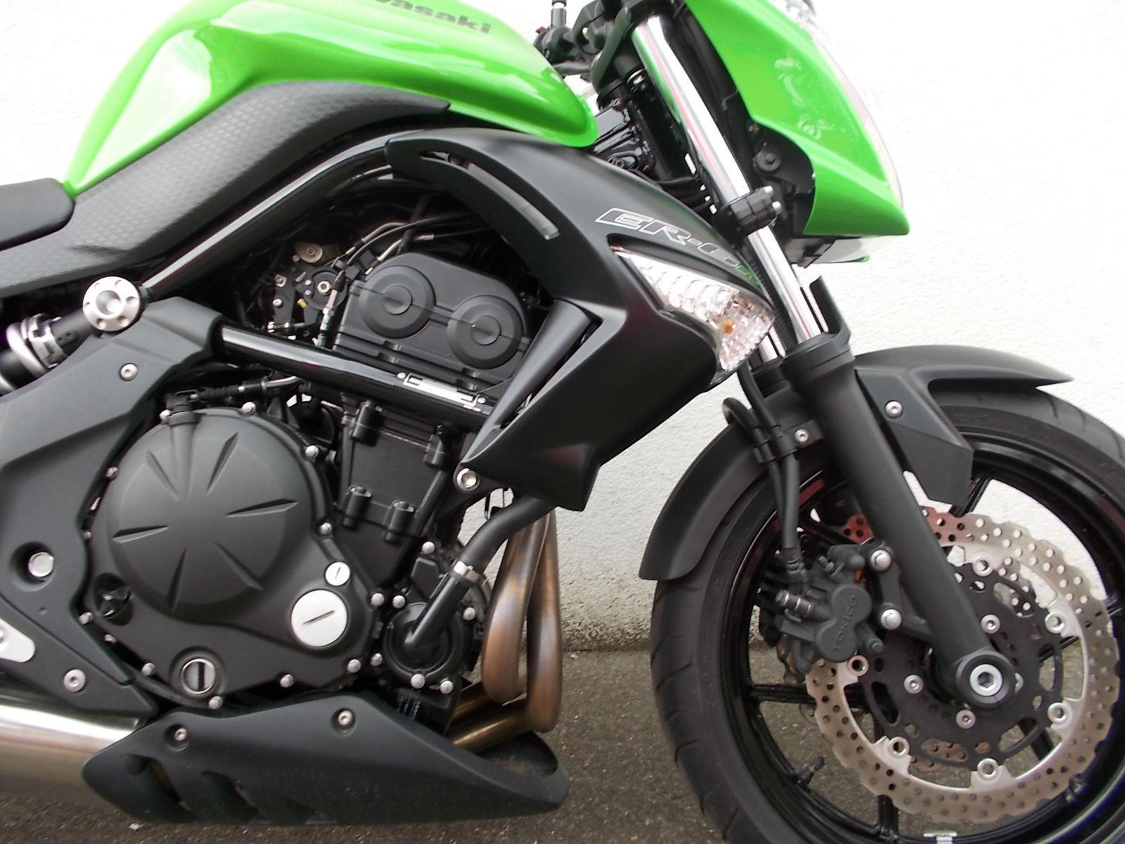 Kawasaki ER6N - ER650 Naked - 1100 Miles!