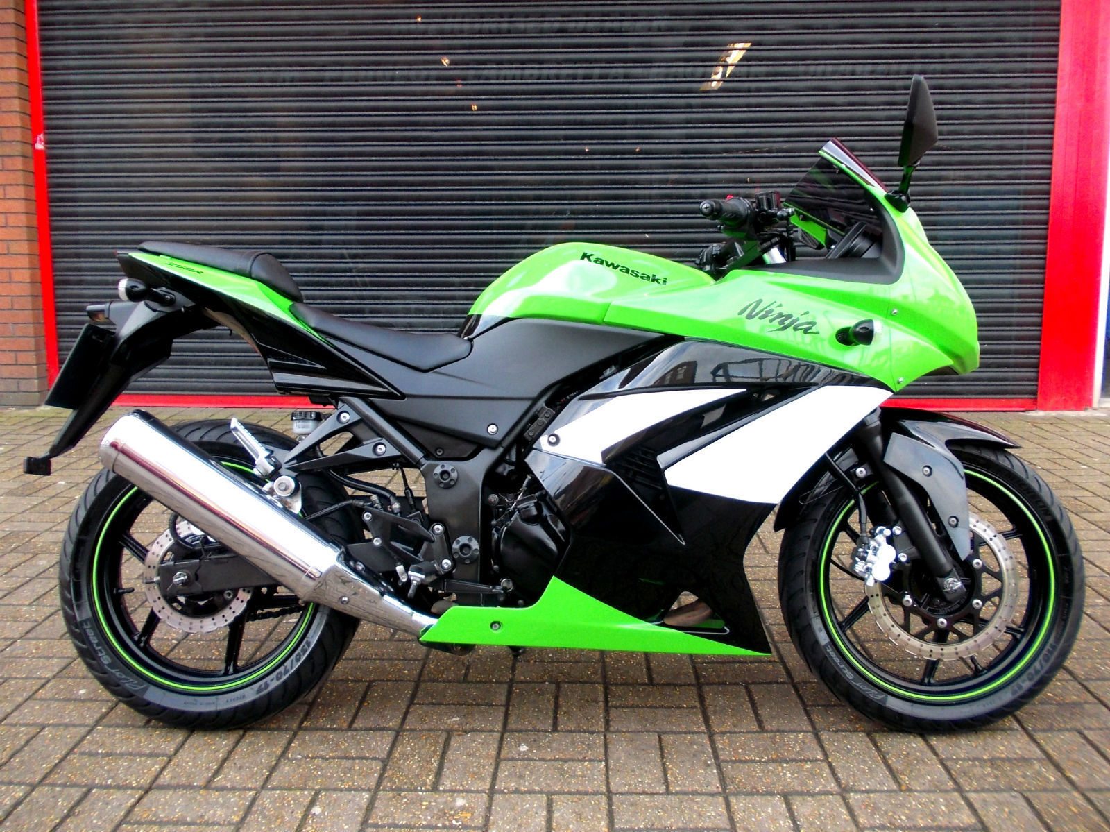 Kawasaki Ninja 250r 2009 характеристики #6
