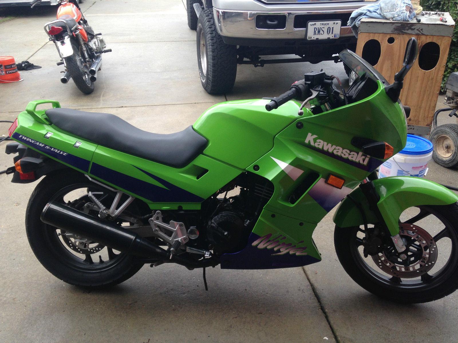 Kawasaki Green Street Bike