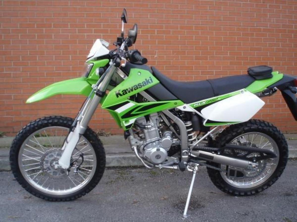 Kawasaki Klx 250 New  Awesome Green Laner