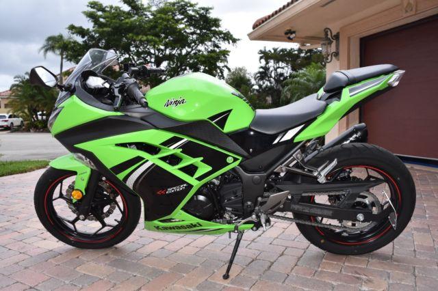 Kawasaki Ninja 300 Special Edition Ninja Green 2014