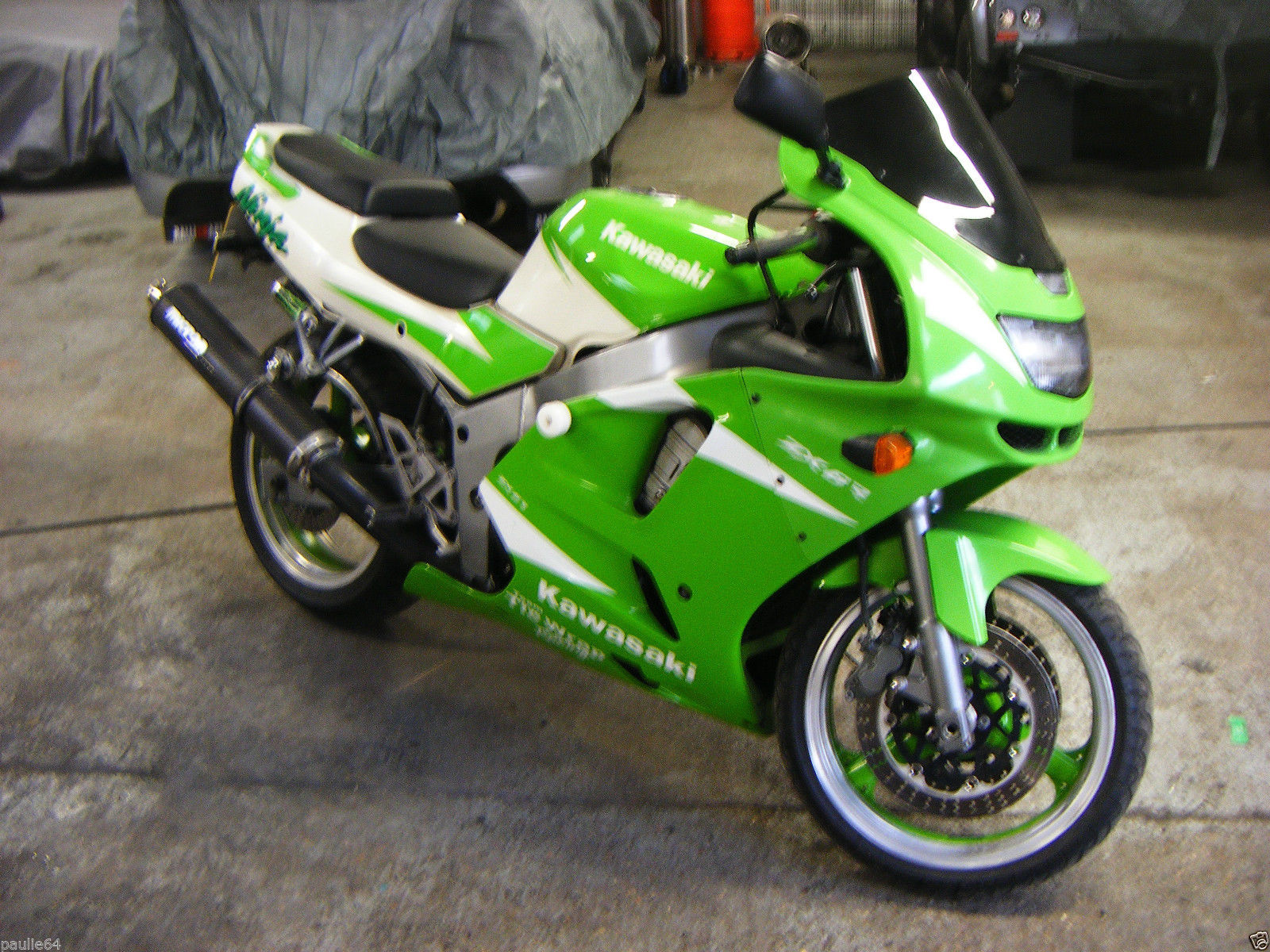 kawasaki zx6r ninja green white 1996. Black Bedroom Furniture Sets. Home Design Ideas
