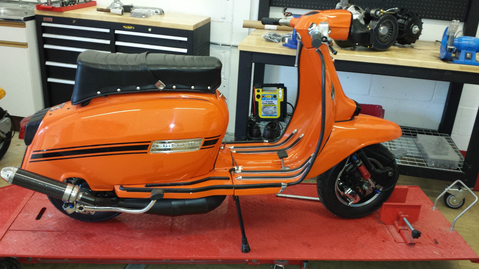 Lambretta Grand Prix Indian Sil