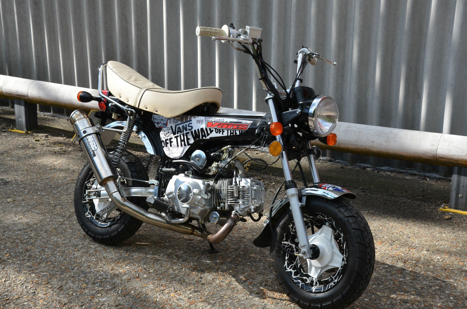 monkey bike honda dax style 125 special edition lots of extras swap swop px. Black Bedroom Furniture Sets. Home Design Ideas