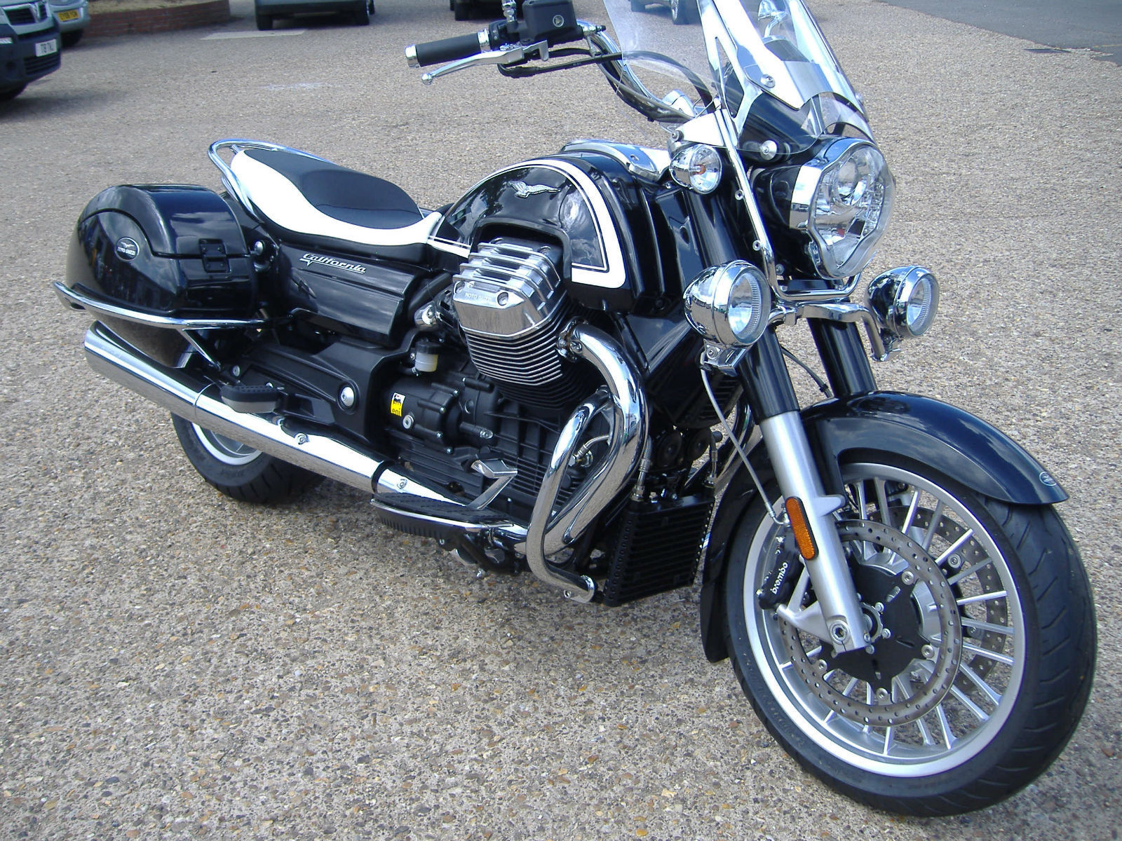 moto guzzi california 1400 touring. Black Bedroom Furniture Sets. Home Design Ideas