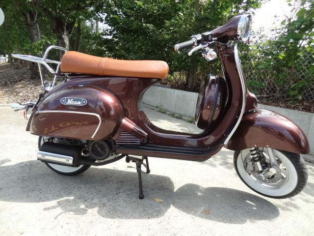 neco abruzzi c retro scooter brand new model 1960s vespa gt styling 125cc. Black Bedroom Furniture Sets. Home Design Ideas