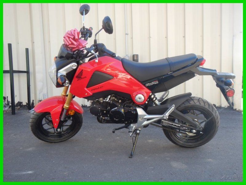 NEW 2014 HONDA GROM 125 MOTORCYCLE STREET LEGAL RED AND BLACK