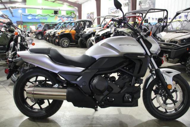 New 2015 Honda CTX700 DCT SILVER AUTO BIKE NEW CALL ADAM 740