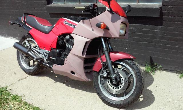 Ninja 900 Zx900 Gpz900 Top Gun Bike With Lots Of Extra Parts