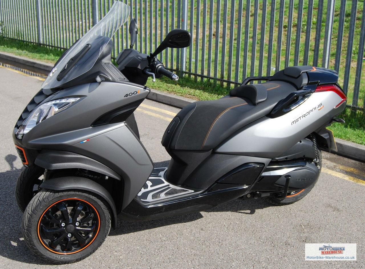 peugeot metropolis 400i rs scooter 400cc three wheeler scooter. Black Bedroom Furniture Sets. Home Design Ideas