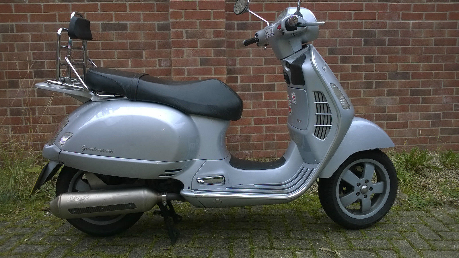 piaggio vespa gt200 granturismo scooter has tax mot but needs work. Black Bedroom Furniture Sets. Home Design Ideas