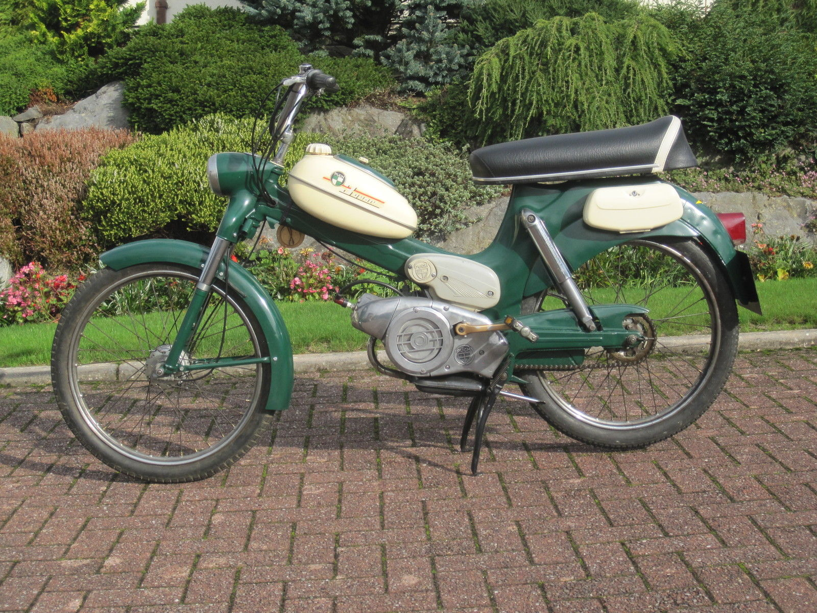 moped motorcycles for sale autos post. Black Bedroom Furniture Sets. Home Design Ideas