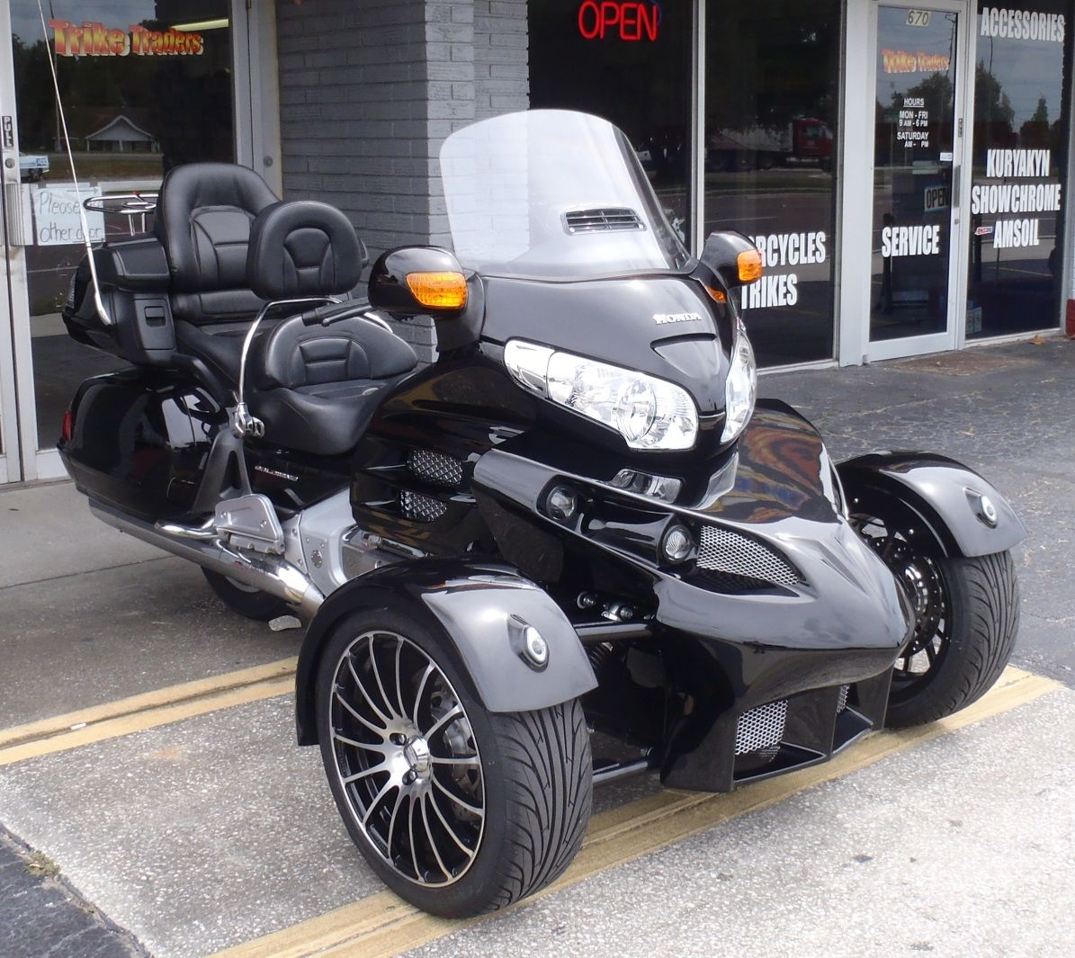 R18 R-18 R 18 Reverse Trike From Sturgis Motoren On