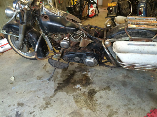 REAL BARN FIND 1958 HARLEY DAVIDSON PANHEAD MOTORCYCLE