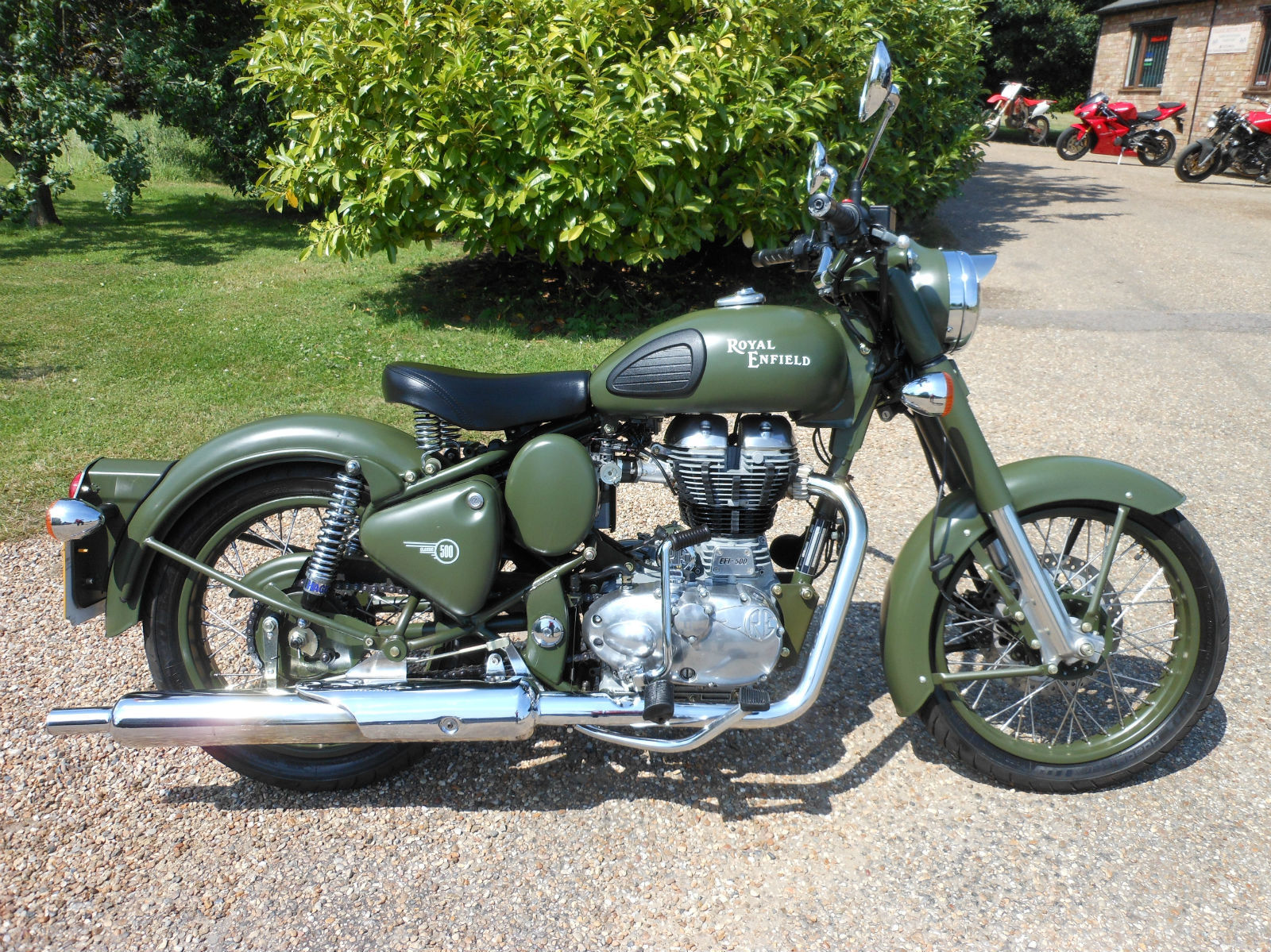 royal enfield 500 bullet classic efi military green 2011 beautiful condition. Black Bedroom Furniture Sets. Home Design Ideas