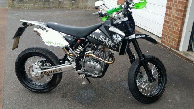 Smc 125 Motor Bike 2014