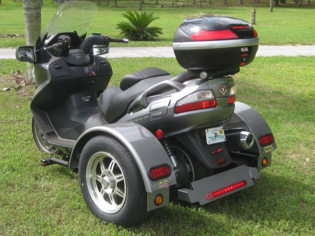 Suzuki Burgman 650 Automatic with Richland Roadster trike ...