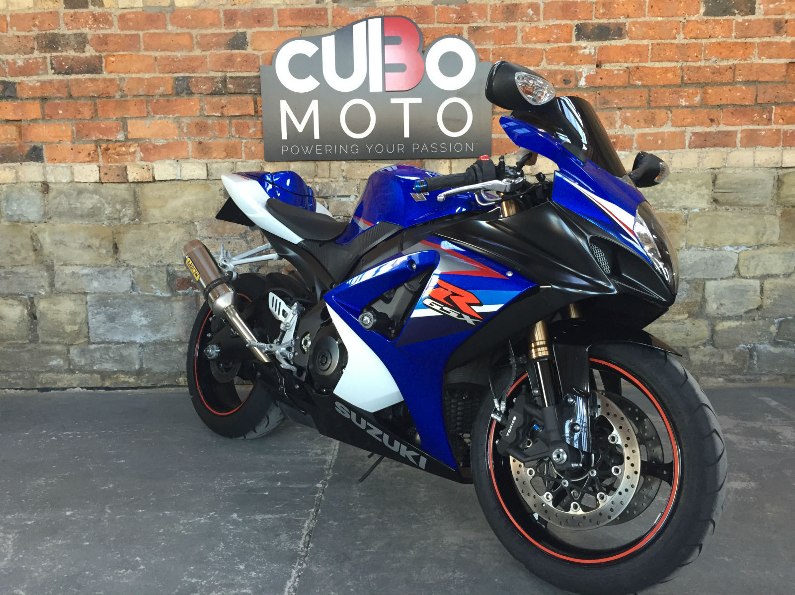 suzuki gsxr 1000 cc gsx r1000 k7 arrow exhausts. Black Bedroom Furniture Sets. Home Design Ideas