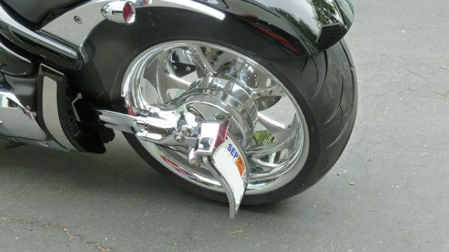 Suzuki M109r 300 Tire Kit: Suzuki Boulevard M109r Bobber Kit