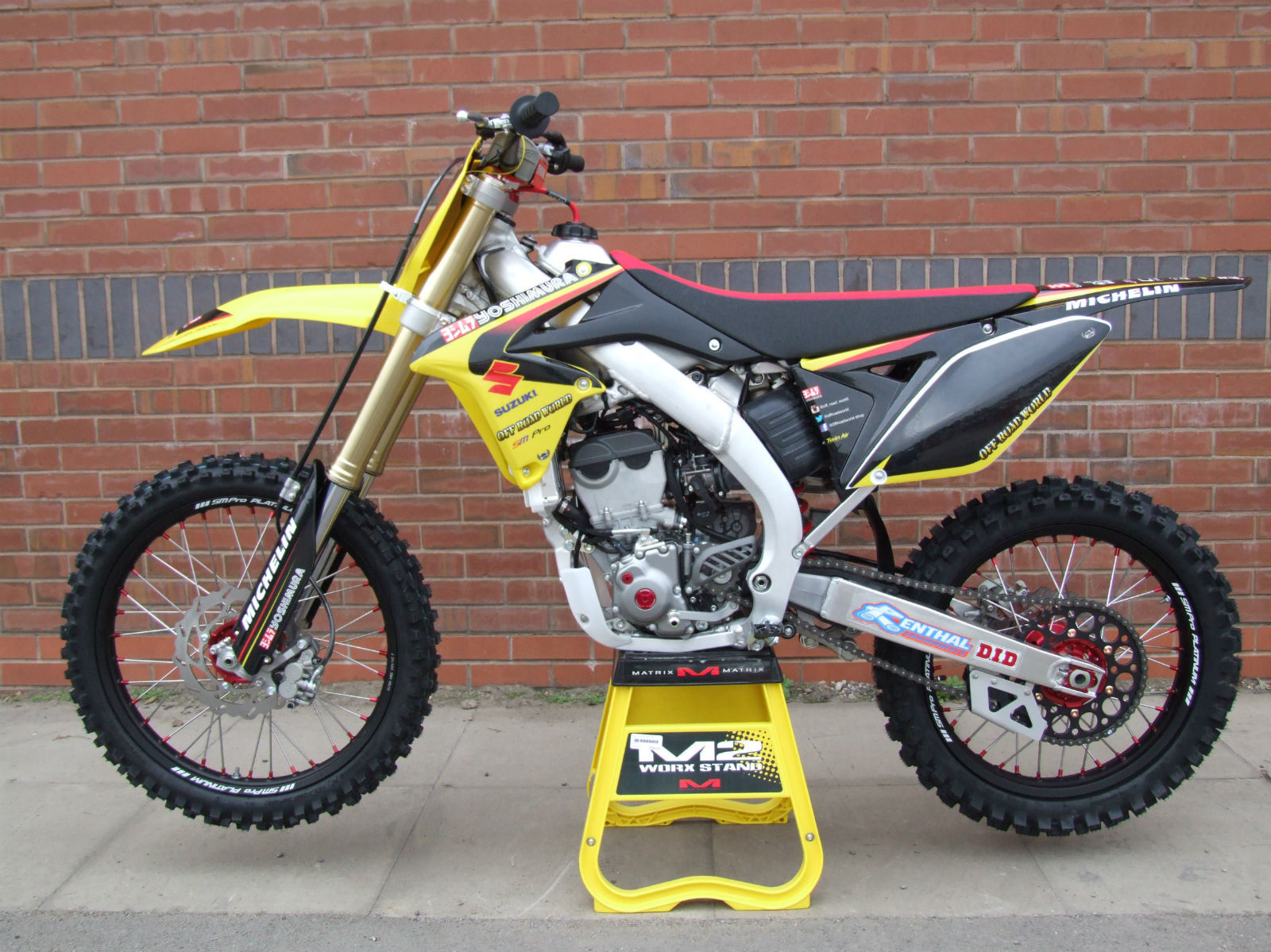 suzuki rmz rm z 250 2015 yoshimura edition mx off road. Black Bedroom Furniture Sets. Home Design Ideas